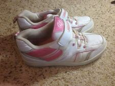 Girls Womans Heelys Size 6 (USA) Youth White with Pink Ked