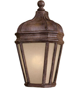 New Minka Lavery 8698-1-61-PL Harrison Vintage Rust Outdoor Lantern- Open Box