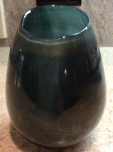 """💚💙 West Elm Luster Curve Glass Vase Blues Greens Touch Of Copper Color 6.5"""""""