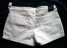 NWT WOMENS GAP SEXY BOYFRIEND SHORTS SIZE 16 / 33 WHITE