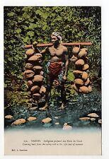 POLYNESIE TAHITI PAPEETE France outre mer Indigene Noix de coco