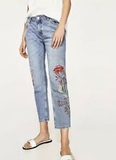 1d9a5347381 BNWT Zara Embroidered Jeans UK Size 6 EUR 34 Blue Floral Cigarette  Distressed