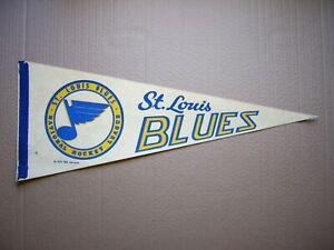 1970 NHL SERVICES ST. LOUIS BLUES NHL HOCKEY PENNANT FLAG SHARP