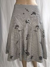 Allison Taylor Skirt Size 6 Muted Black and White Striped Flared Knee Length