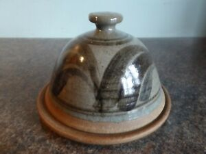 Studio Pottery - Butter Dish - Cheese Dish - Dome