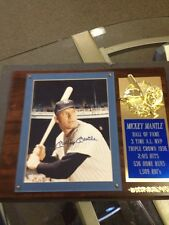 MICKEY MANTLE SIGNED 8 1/2 x11 COLOR PHOTO ON PLAQUE