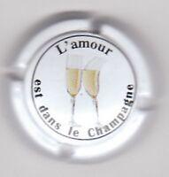 """capsule champagne générique """"L'AMOUR est dans le Champagne"""""""" n° 795b"""
