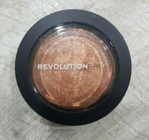 REVOLUTION (Make Up) Pro Skin Finish WARM GLOW 11g - NEW Sealed