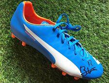 Wilfried bony main signé football boot stoke city, côte d'ivoire la preuve.