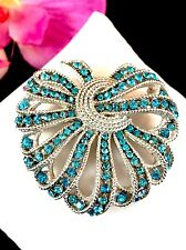 CROWN TRIFARI SILVER-TONE CAVALCADE TEAL RHINESTONE RIBBON WREATH DESIGN BROOCH