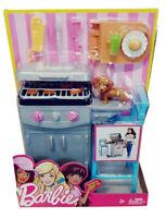 Barbie BBQ Grill-Set mit tollen Accessoires und Hündchen für Kinder, 20 cm, Neu
