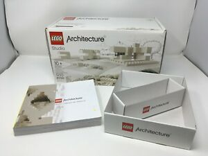 Complete Lego 21050 Architecture Studio with manual, box; includes extra parts