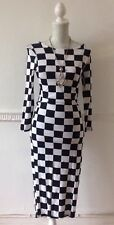 Francesca Long Sleeve Bellow Knee Black & White Checked Body Con Dress Size 10