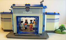 Lot PLAYMOBIL Commissariat avec prison Police Personnages + Accessoires + moto