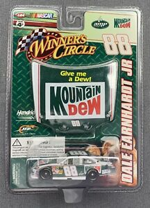 WINNER'S CIRCLE DALE EARNHARDT JR. #88 MOUNTAIN DEW W/ HOOD MAGNET 1:64 SCALE