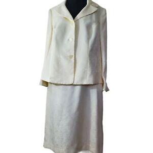 Le Suit Cream 14W
