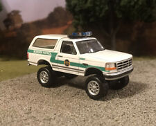 1993 Ford Bronco 4x4 Truck Lifted 1/64 Diecast Custom Border Patrol Off Road 4WD