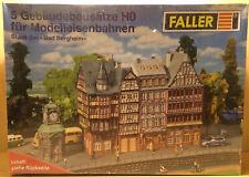 Faller HO - 5 Gebäudebausätze mit Uhrenkiosk ?Bad Bergheim? Bausätze , OVP & NEU