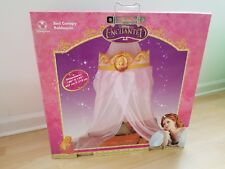DISNEY STORE GISELLE ENCHANTED BED CANOPY-NEW