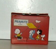 PEANUTS  SNOOPY RED VINYL LUNCH BOX  NEVER USED  C-9