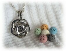 Diffuser with 6 lava stones! Small Rose Aromatherapy Essential Oil Necklace