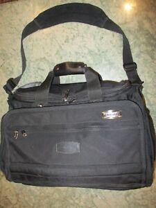 Travelpro PLATINUM 4SE Black Travel Business Duffle Carry-on Pilot Deluxe Bag