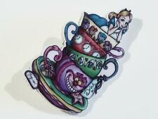 Acrilico Spilla di Alice attraverso lo specchio-GRATIS UK P & P... CG0674