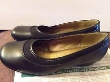 Womens Black Soft Style by Hush Puppies Dress Slip Ons size 8M Comfy