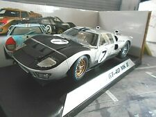 FORD GT40 V8 24h Le Mans 1966 ##7 Hill Miur A Mann Raci Shelby Collectibles 1:18