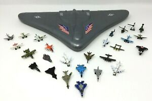 1989 MICRO MACHINES IMPERIAL STEALTH BOMBER CARRYING CASE 26 PLANES HELICOPTERS