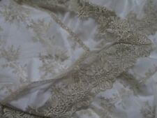 STUNNING GOLD LACE BEDSPREAD IN RENAISSANCE STYLE