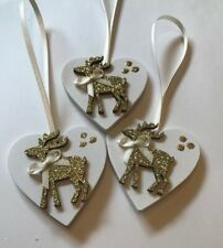 3 X Reindeer Christmas Decorations Shabby Chic Real Wood Heart Gold Cream Bows