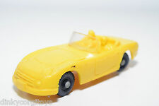 TOMTE LAERDAL VINYL 24 TOYOTA 2000 GT CABRIOLET YELLOW EXCELLENT CONDITION