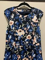 Tokito blue floral bodycon dress size 10, Ribbed lined EUC,  Party/races/cocktai