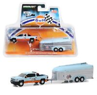 Greenlight 1:64 2017 Chevrolet Silverado with Aerovault Trailer Gulf Oil 51243