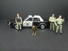 Greenlight 1989 Chevrolet Caprice CA Highway 3 CHP Officers & K9 - Loose 1:64