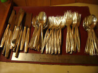 SEA SPRAY Silverware silverplate IS Rogers & Son service for 12 , 70 pcs