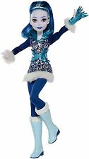 DC Super Hero Girls Frost 12 in. Fashion Doll Ice Powers Action
