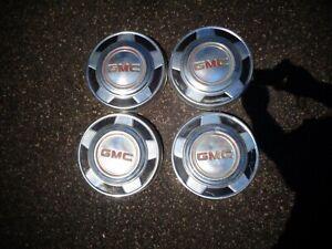 4 VINTAGE ORIGINAL GMC DOG DISH PICKUP TRUCK HUB CAPS SET