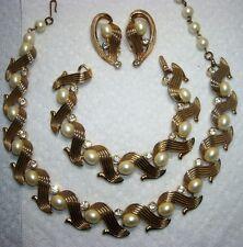 KRAMER Faux Pearl &  Rhinestone Necklace, Bracelet & Earrings~Suite Parure~Set