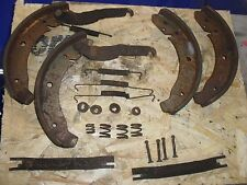 Porsche 924  Rear Handbrake Brake Shoes Springs Retainers Adjust