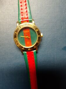 Vintage GUCCI Roman Numeral Women's Watch New Battery Estate Find Original Band