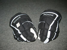 Pro Stock Drew Doughty Bauer XXX  Hockey Gloves LA Kings Game Used 2008-2009