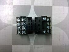 Allen Bradley 700-HN128 Series B 14-Blade Relay Socket **Free Shipping**