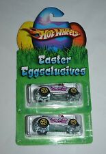 2010 HOT WHEELS EASTER EGGCLUSIVES VOLKSWAGEN BEETLE CONVERTIBLE SET OF TWO CARS