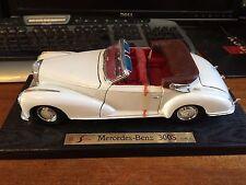 Maisto 1/18 Scale Mercedes Benz 300S (1955) - 31806 - White - No Box
