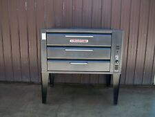 BLODGETT 981 NATURAL DECK GAS DOUBLE PIZZA OVEN WITH BRAND NEW STONES