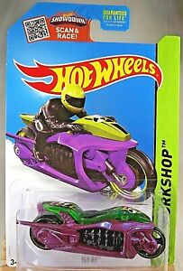 2015 Hot Wheels #187 HW Workshop-Thrill Racers FLY-BY Purple w/Black MC3 Spokes