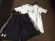 Boys Under Armour fitted tee shorts outfit size YXS(NWT)
