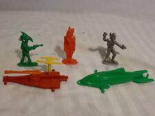 1950s Lido Captain Video Plastic Space Alien Figures plus two space ships
